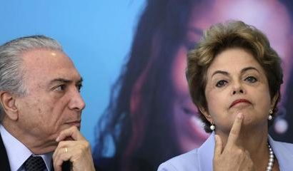 epa04880154 Brazilian president Dilma Rousseff (R) and her vice president Michel Temer attend an event to announce a new investment plan for the country's electrical system at Planalto Palace in Brasilia, Brazil, 11 August 2015.  EPA/Fernando Bizerra Jr.