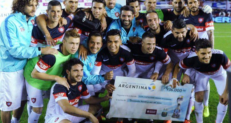 Buenos Aires:   San Lorenzo vencio 3 a 1 a Godoy Cruz  por los cuartos de final de la Copa Argentina en cancha de Lanús.