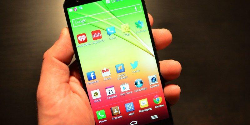 ee6534350cf 3 tipos de aplicaciones que debes evitar descargar en tu celularDe ...