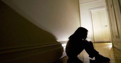 Condenan a 20 años de cárcel a un hombre por abusar y embarazar a sus hijastras