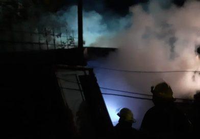 Un incendio provocó importantes daños en un inmueble