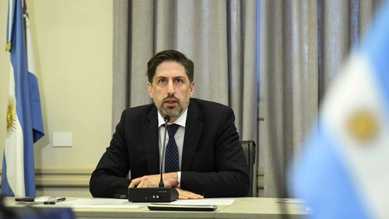 """""""El ciclo lectivo se podrá extender hasta el 30 de abril"""" para últimos años de secundario, afirmó el ministro"""